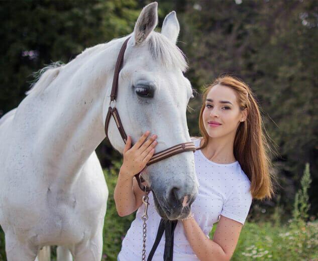 horse-img